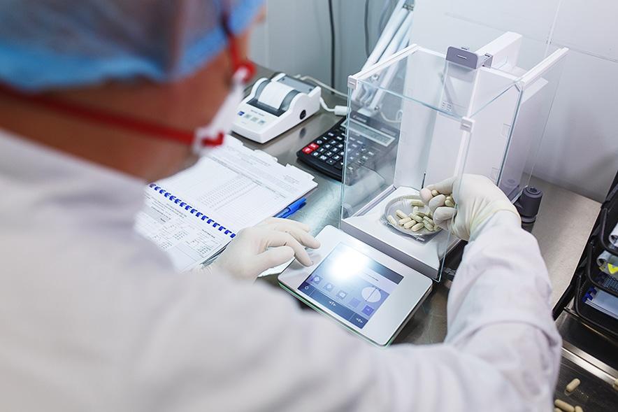 Weighing on a lab balance